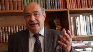 «Elections, Hollande… Tout est absurde, tout !»
