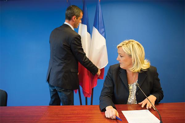 La possible victoire de Marine Le Pen en 2017 ou la crise de régime