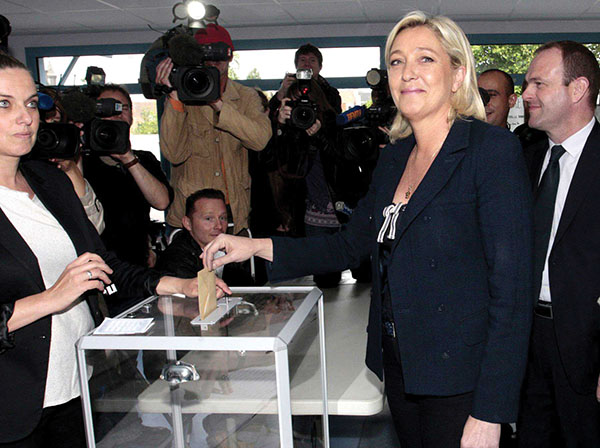 Front national : objectif 2017 [PM]