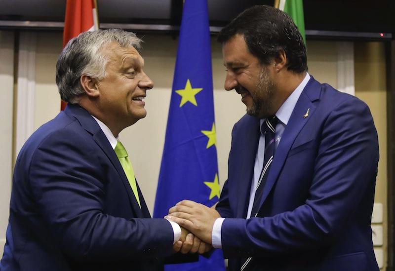 L'UNION EUROPÉENNE CONTRE-ATTAQUE