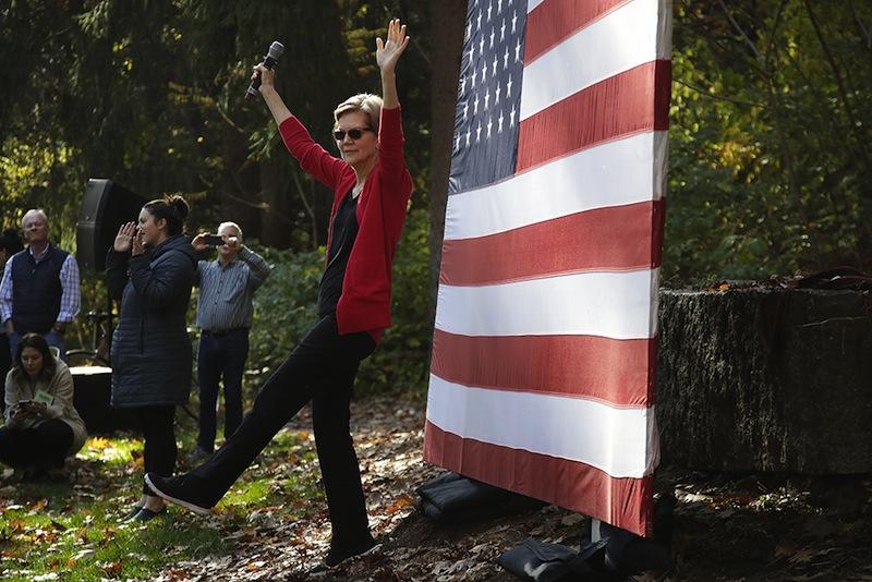 Elizabeth Warren, candidate démocrate, en lutte contre la vulgarité trumpienne.