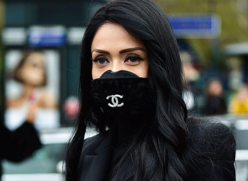 Le monde de la mode réagit avec courage et dignité à la crise.
