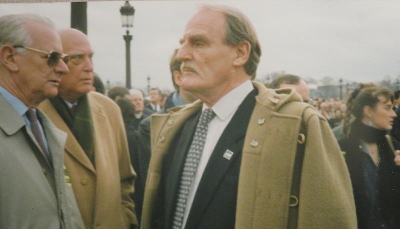 Jean Raspail, Louis XVI et François Mitterrand