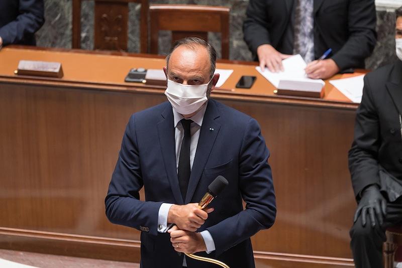 Même masqué et silencieux, Edouard Philippe réussissait très bien à faire comprendre ce qu'il pensait de l'opposition.