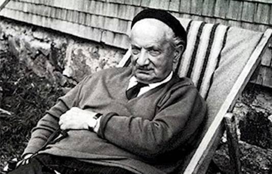 Contre la médiocrité des masses, Heidegger